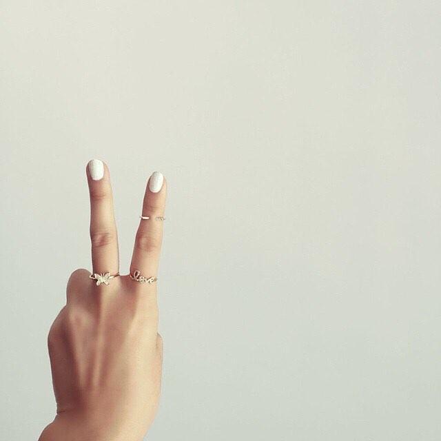 Peace & Love! 📷 via @sydneyevan #love #sydneyevan #jewellery (at GRACE boutique)