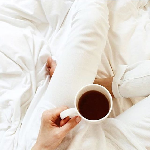 White sheets, white jeans & coffee. The perfect Sunday morning with @agjeans #lazysundays #whitesheets #whitejeans #agjeans