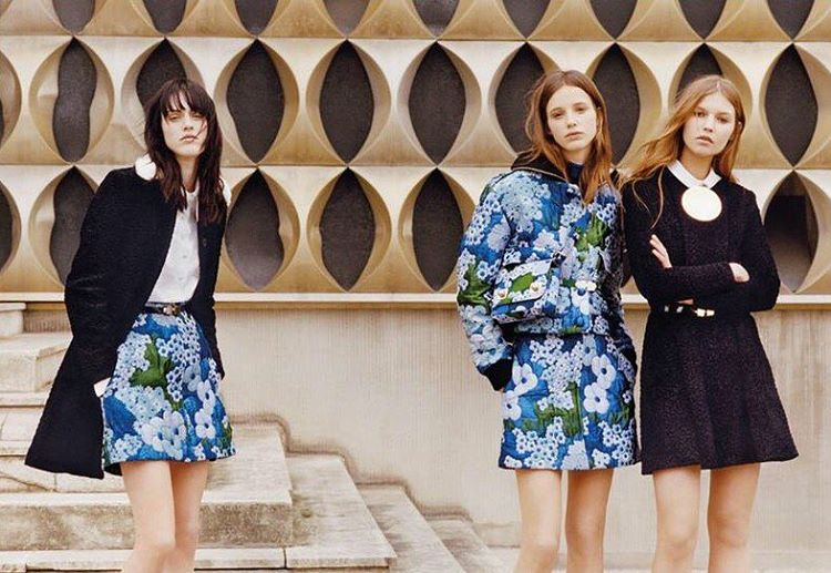 Fresh florals form @carven_paris 💙 Plus more new season from @preenbythorntonbregazzi , @mop_london & @seanewyork !