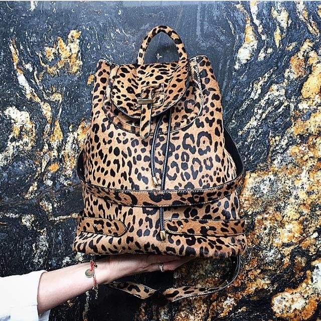 The ultimate backpack 🐆 #melimelo #leopard #backpack #gracemelbourne