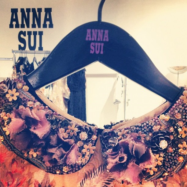 This amazing collared creation by Anna Sui has arrived! In-store and online at GRACE!
