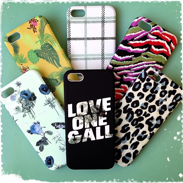 All new prints in our Grace iPhone 4 and 5 cases just arrived!! The only problem is how to choose between them, but the good news is they're $22 each, so you can collect them all!!