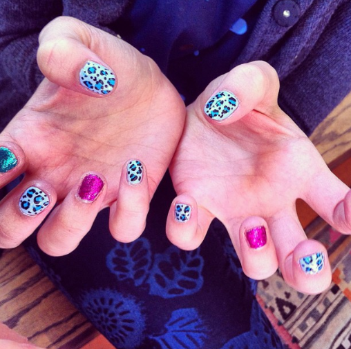 Glitter + Leopard Nails!
