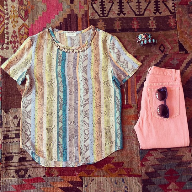 Happy Friday! We are celebrating the beginning of a great weekend with a colorful combo of A.P.C jeans Equipment silk tee, DanniJo necklace and cuffs and Thierry Lasry shades! Love a bit of Friday fashion! (at Grace)