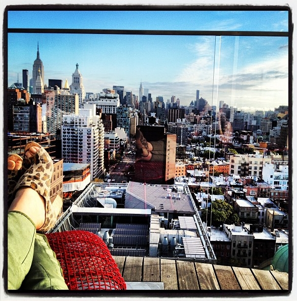 Currently living vicariously through Jen who is in sunny NYC!