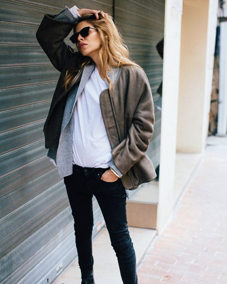 gracemelbourne :     Monday style inspiration via @deborabrosa #streetstyle #inspiration #tumblr #ootd