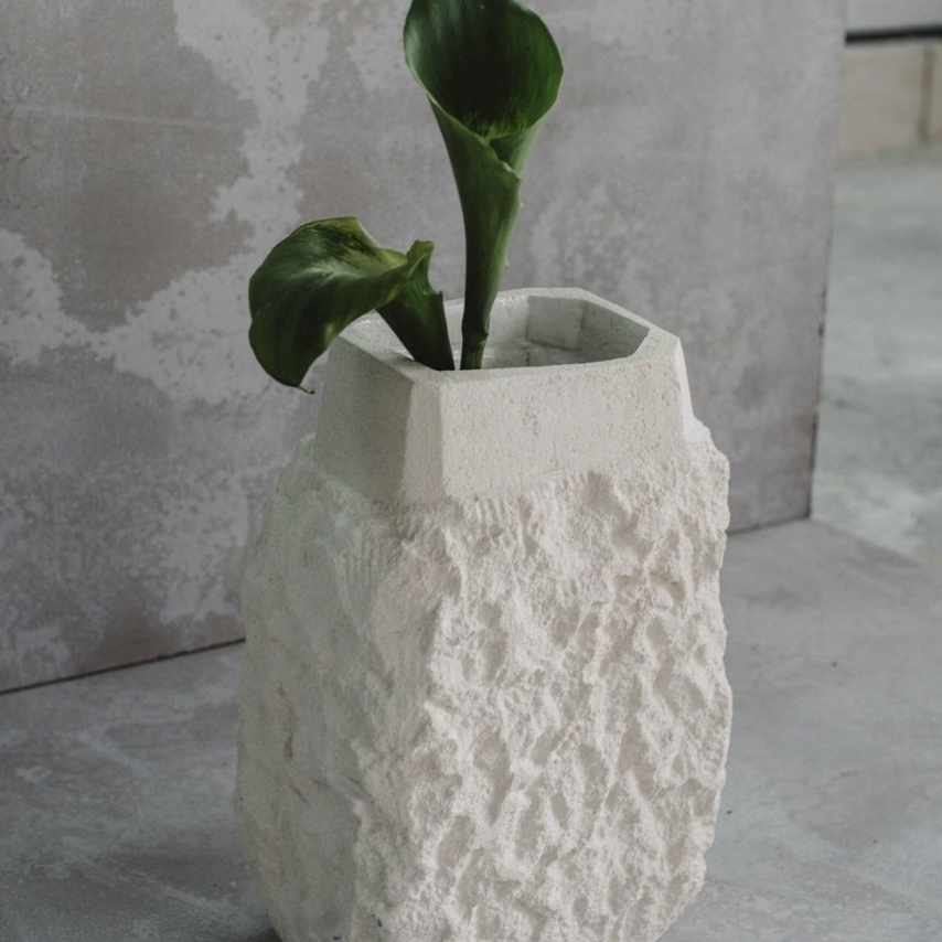 Gazzo vase H32 x W15 x L20cm