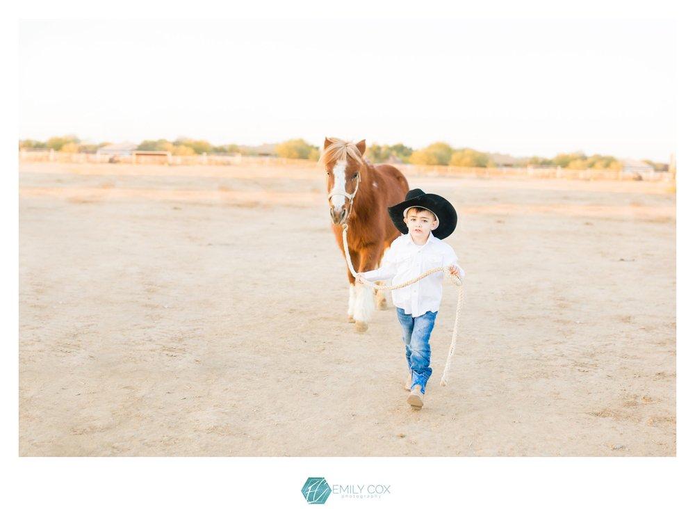 Western Family Photos | Dunns Arena