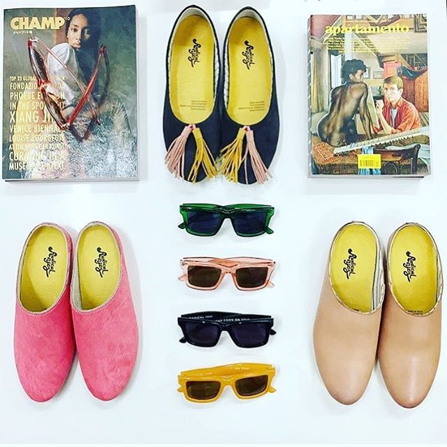 In the sale (today only) shoes all $65 or $75 (sizes 36-43) and all remaining sunglasses $30. Quick sticks! Our once yearly sale ends at 4pm today. Info in our bio.