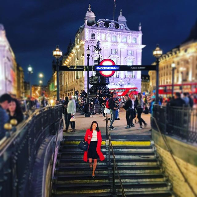 #london #piccadilly #circus #evening #rush #amongst #tourist and #sightseeing #visitors. #red #coat #lady #underground #station #adventure #energy #instagram #instagood #fluid #power #colorful