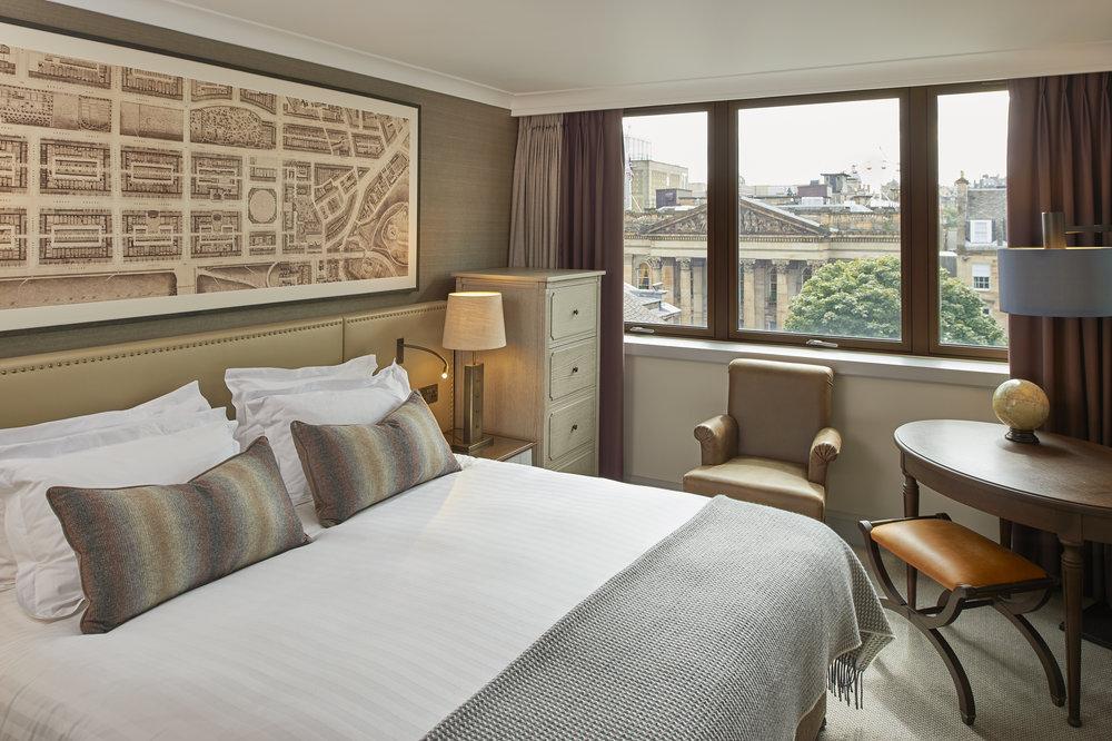 Room_561_4_Edinburgh-Principal-George St.jpg