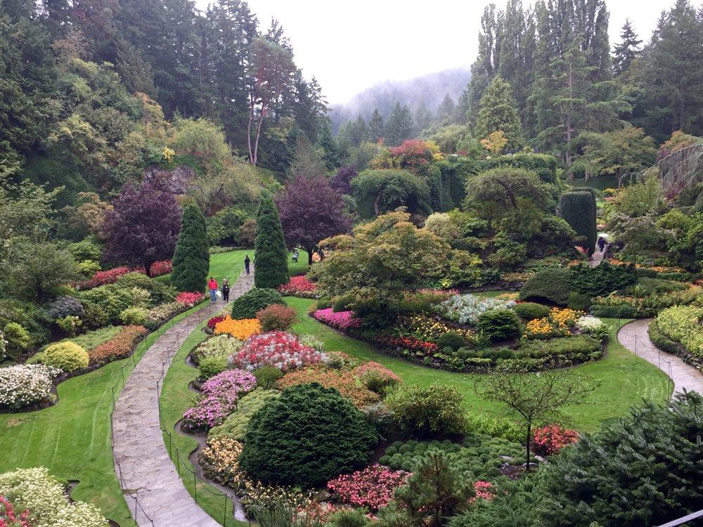 butchart-gardens-sunken-garden.jpg