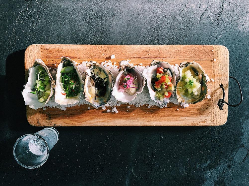 Tasting_Oysters.JPG