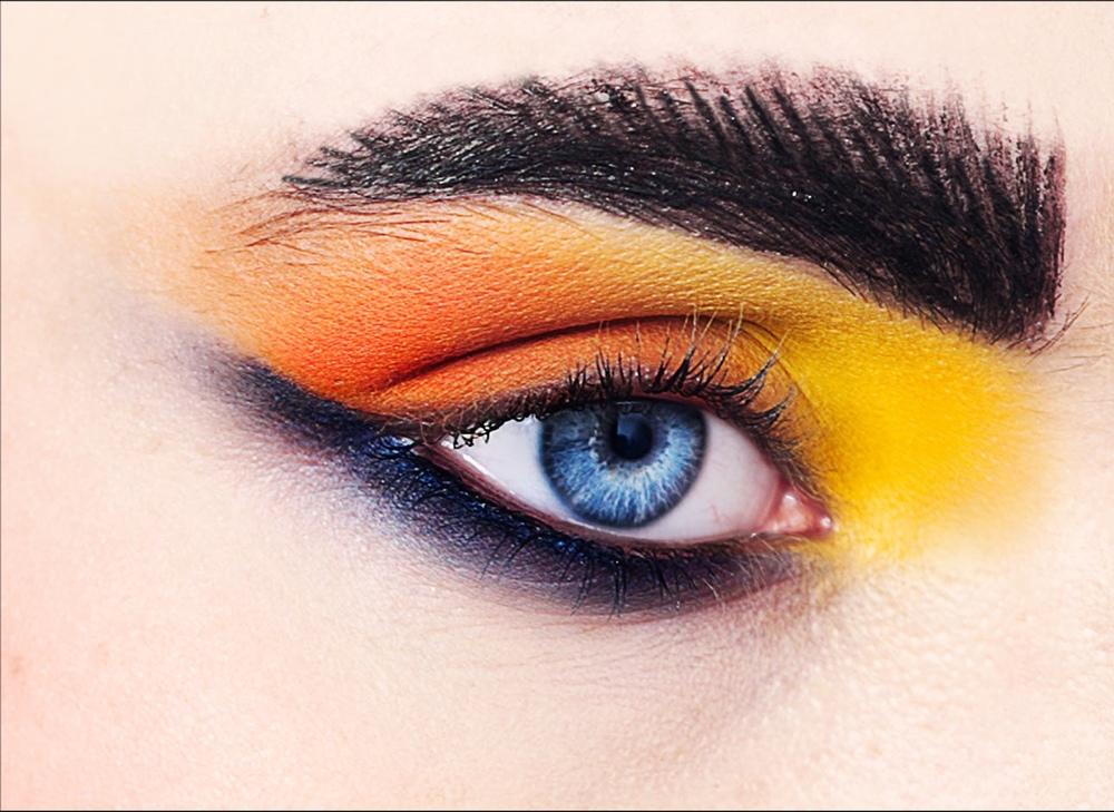 Ella-Eye1.jpg
