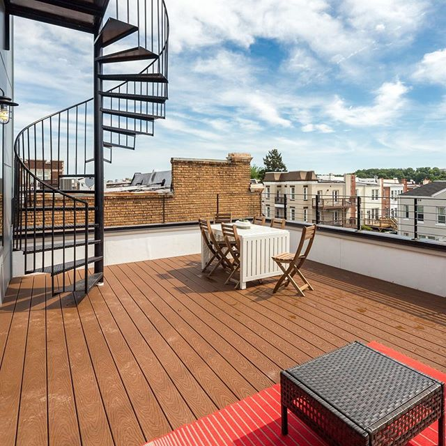 Enjoy your own private roof deck at #thewarder - Penthouse 303 remains! #dcrealestate #realestate #dcrealtor #dcre #dmvrealestate #roofdeck #condo #newcondos #realestateagent