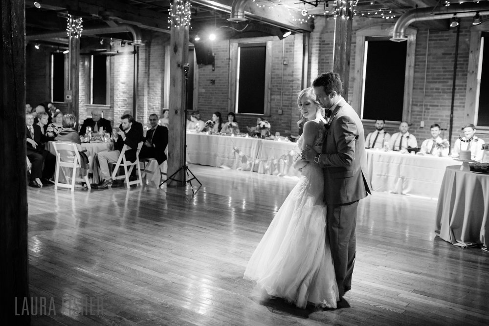 mavris-arts-center-wedding-photography-indianapolis-0108-2.jpg
