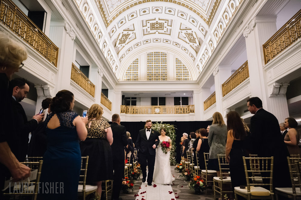 cincinnati-renaissance-hotel-wedding-photography-laura-fisher-0082.jpg