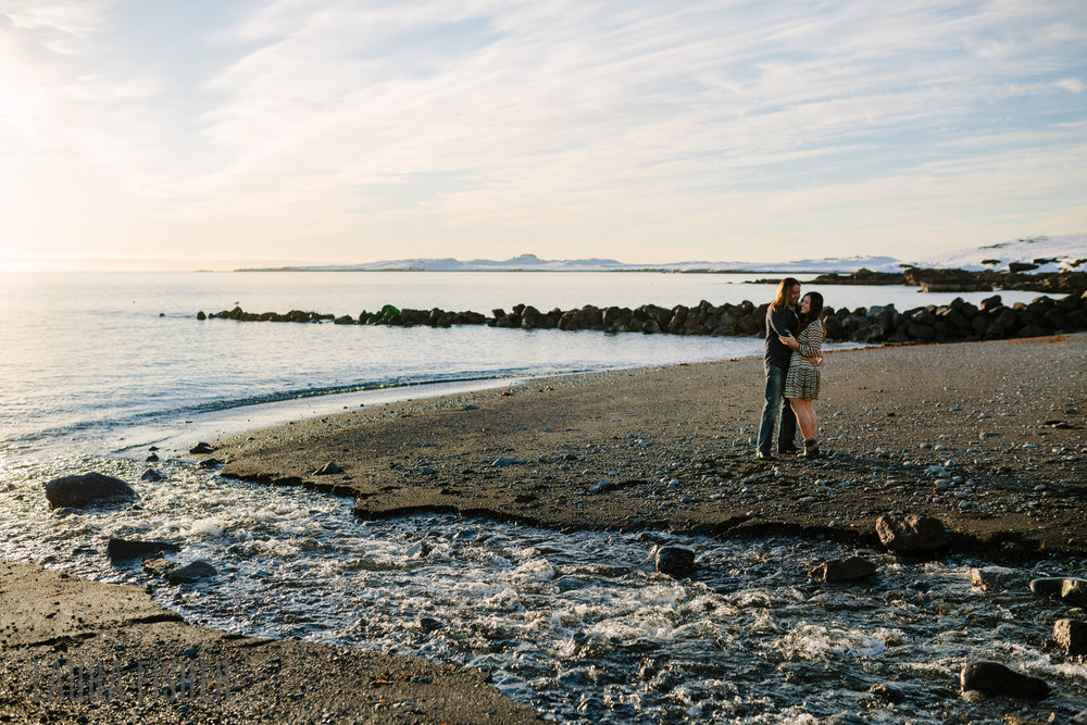 iceland-black-sand-beach-engagement-laura-fisher-photography-0002.jpg