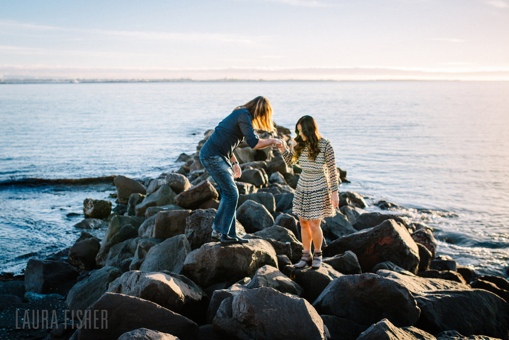 iceland-black-sand-beach-engagement-laura-fisher-photography-0005.jpg