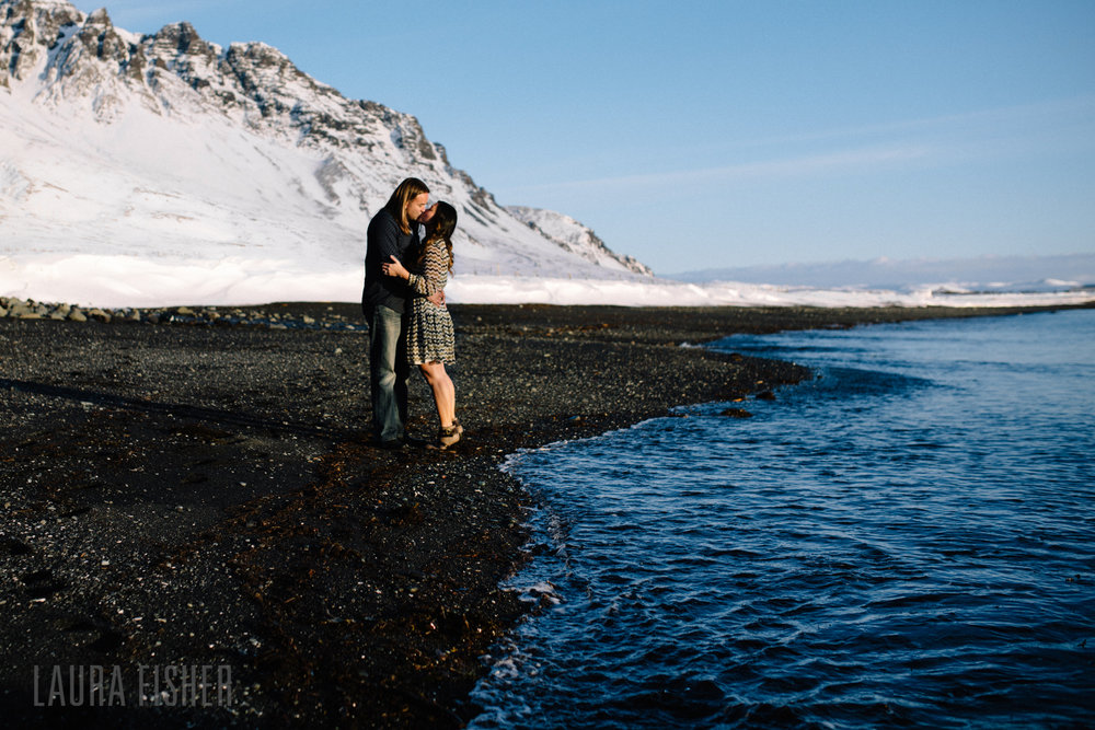 iceland-black-sand-beach-engagement-laura-fisher-photography-0012.jpg