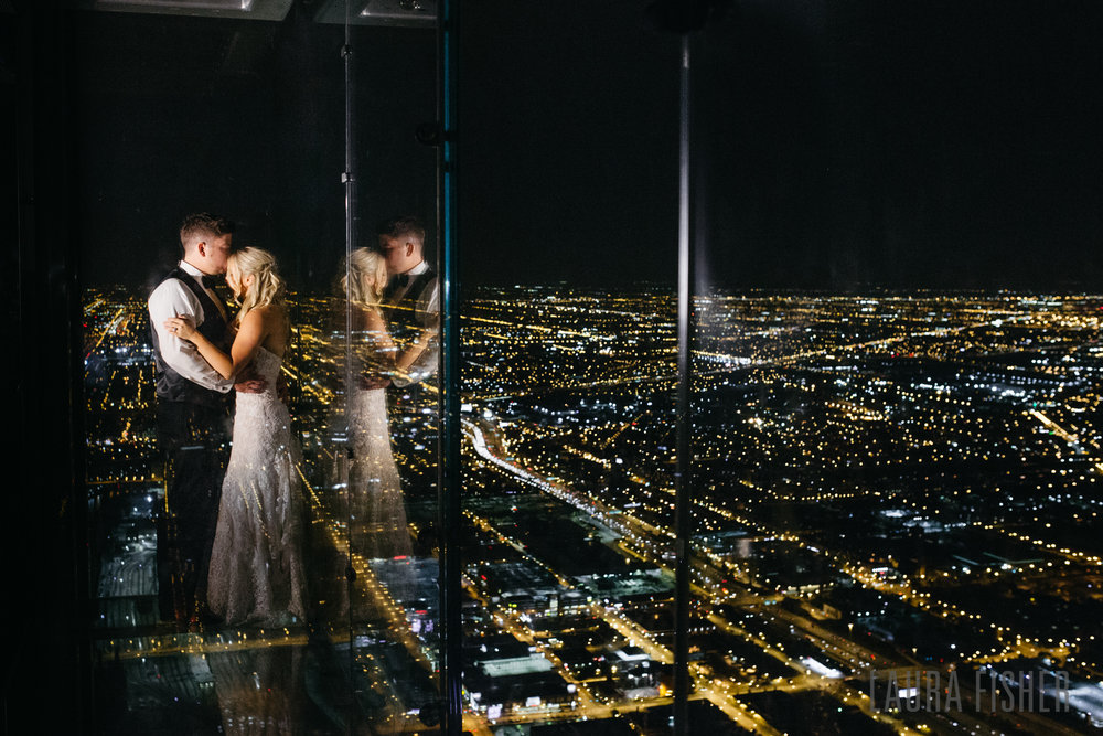 willis-tower-skydeck-metropolitan-club-wedding-0112.jpg