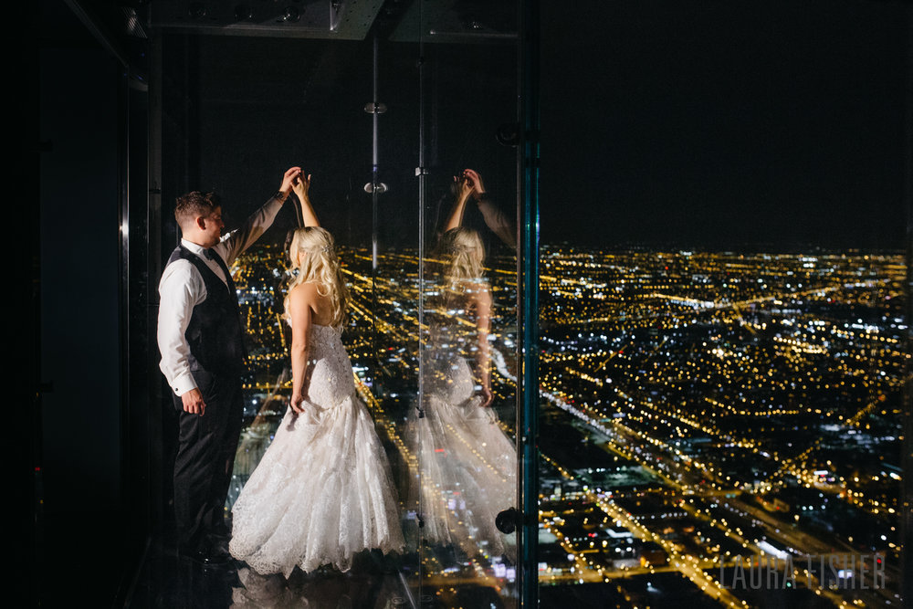 willis-tower-skydeck-metropolitan-club-wedding-0113.jpg