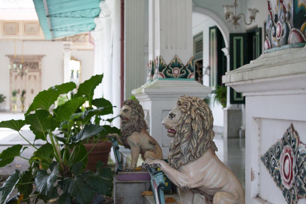 INDONESIA Yogyakarta—2016 August 22 00;04;11.jpg
