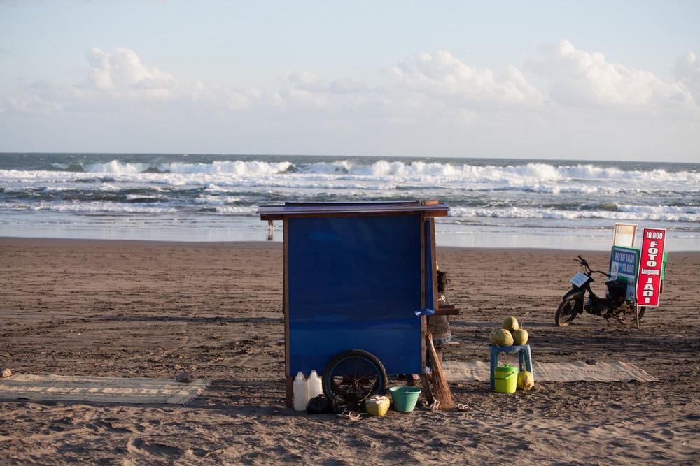 INDONESIA Java Parantritis Beach—2016 August 19 05;59;13.jpg