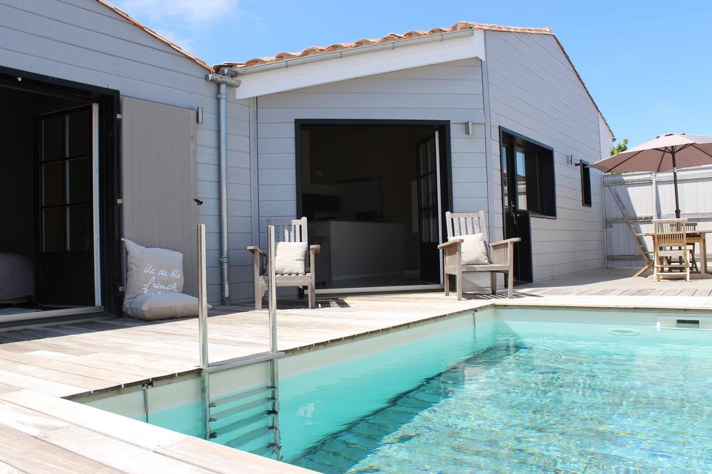 2 BEDROOMS PRIVATE POOL  - 1350 €/week