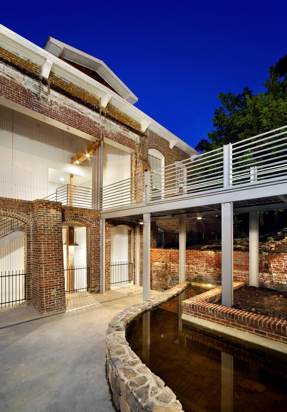 Rivermill Apts exteriors 06 034.jpg