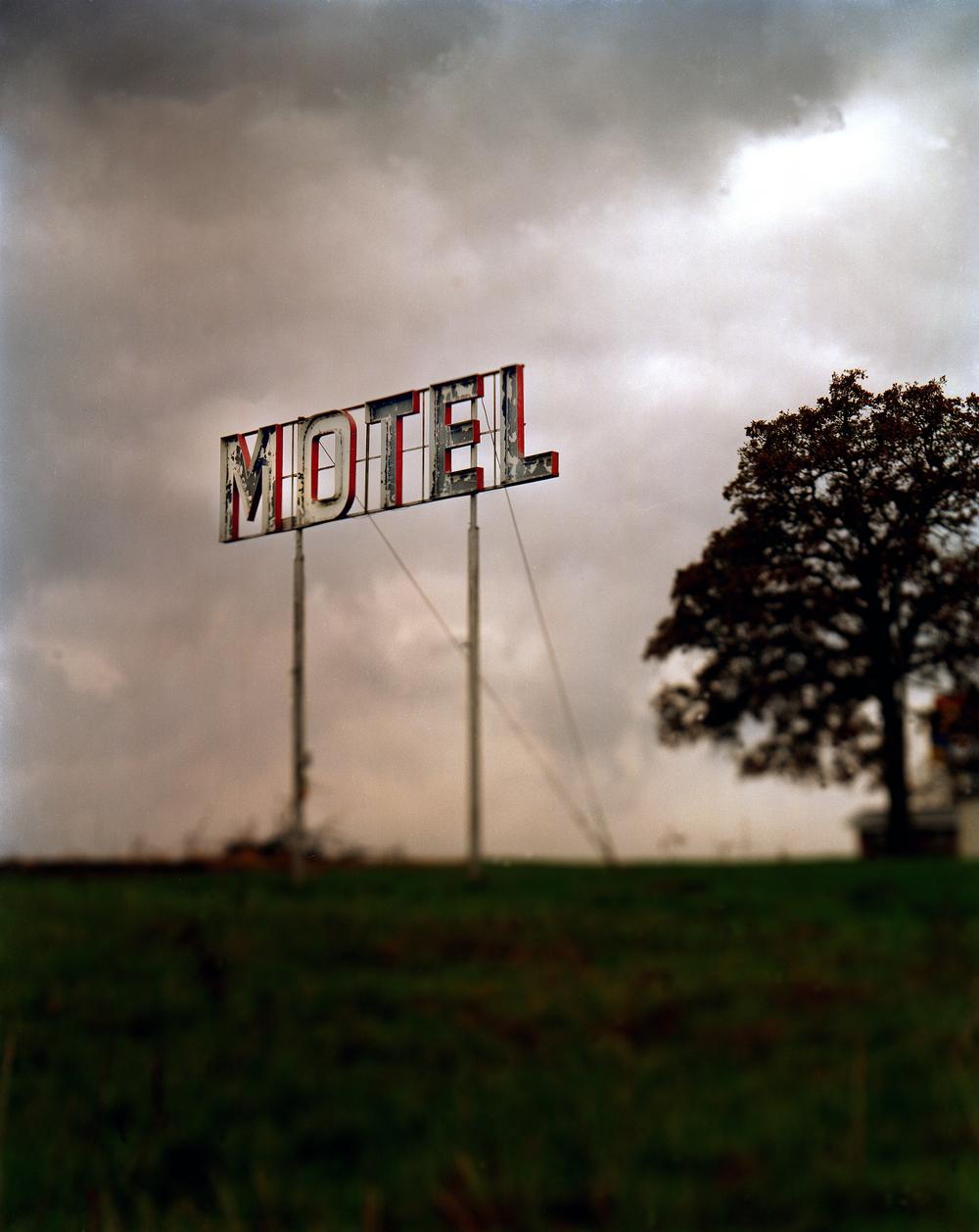"""Motel"""