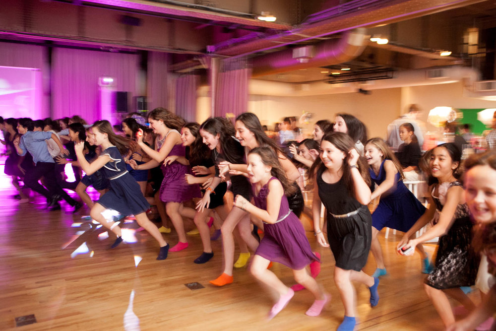 bat mitzvah girls fun celebration tradition photography 0018