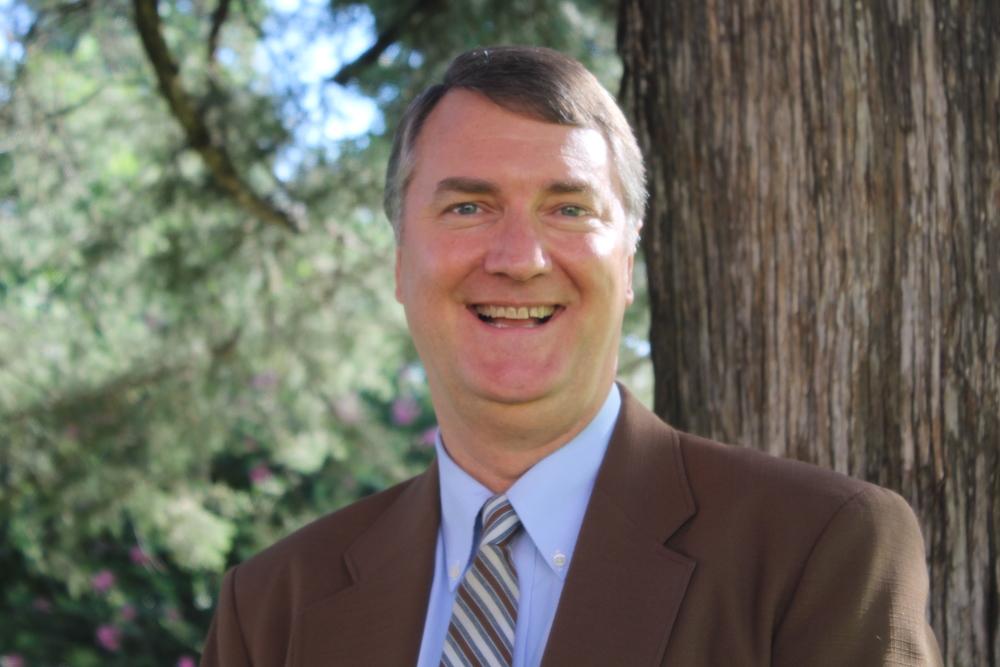 Dr. Greg Davis, Senior Pastor