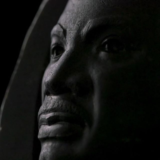 Happy MLK Day! 'Martin Luther King, Jr. in Sapphire' weighs over 3,200 carats (original weight: 4,180-carats). The black sapphire was discovered by the Kazanjian Bros. and carved by Ukrainian-Russian artist Vasily Konovalenko in 1984. Photo 1: still from the documentary 'Konovalenko: Stories in Stone' by Erika Volchan O'Conor. Photo 2: by Rick Wicker © DENVER MUSEUM OF NATURE & SCIENCE. #stonecarving #mlk #martinlutherkingjr #documentary #kazanjianjewels #konovalenko #russian #ukrainian #artist #stone #lapidary #gemcarving #freedomfighter #bust #art