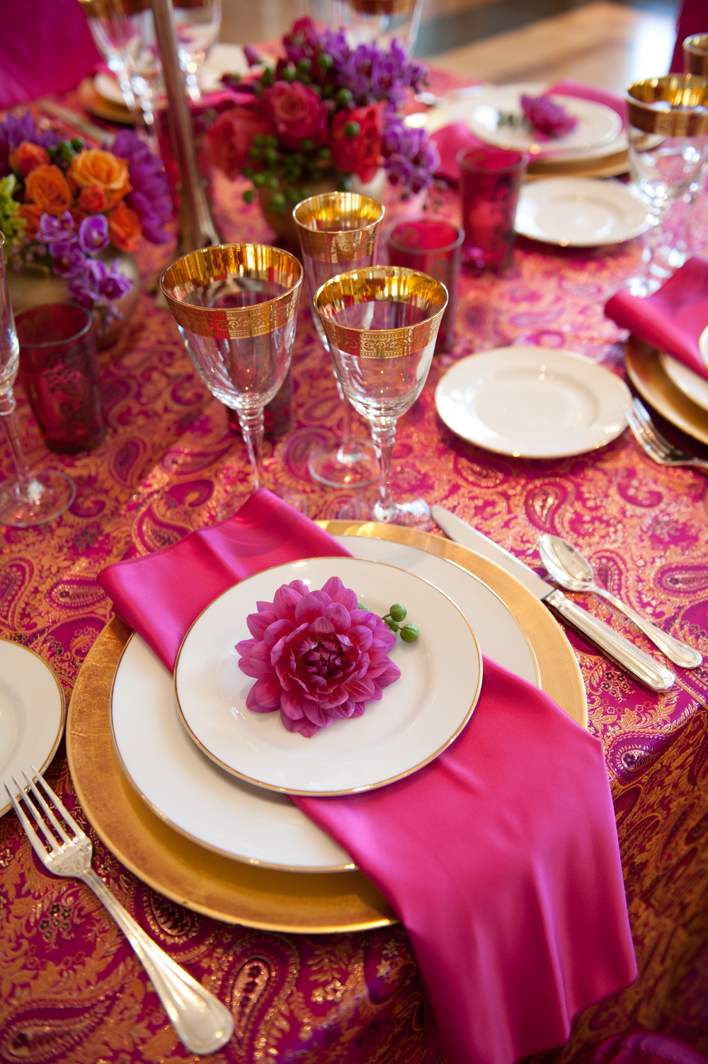 fuscia table_15.jpg