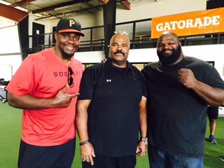Tommie Harris - Chicago Bears, Coach Madden, Mark Henry - WWE  & World's Strongest Man