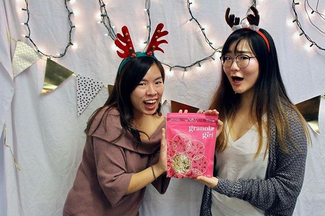 ❄️Its beginning to look a lot like Christmas❄️ Thank you so much to Granola Girl for bringing holiday cheer during our exam care packages! #granolagirl #sauderhewe #healthandwellness #hewe