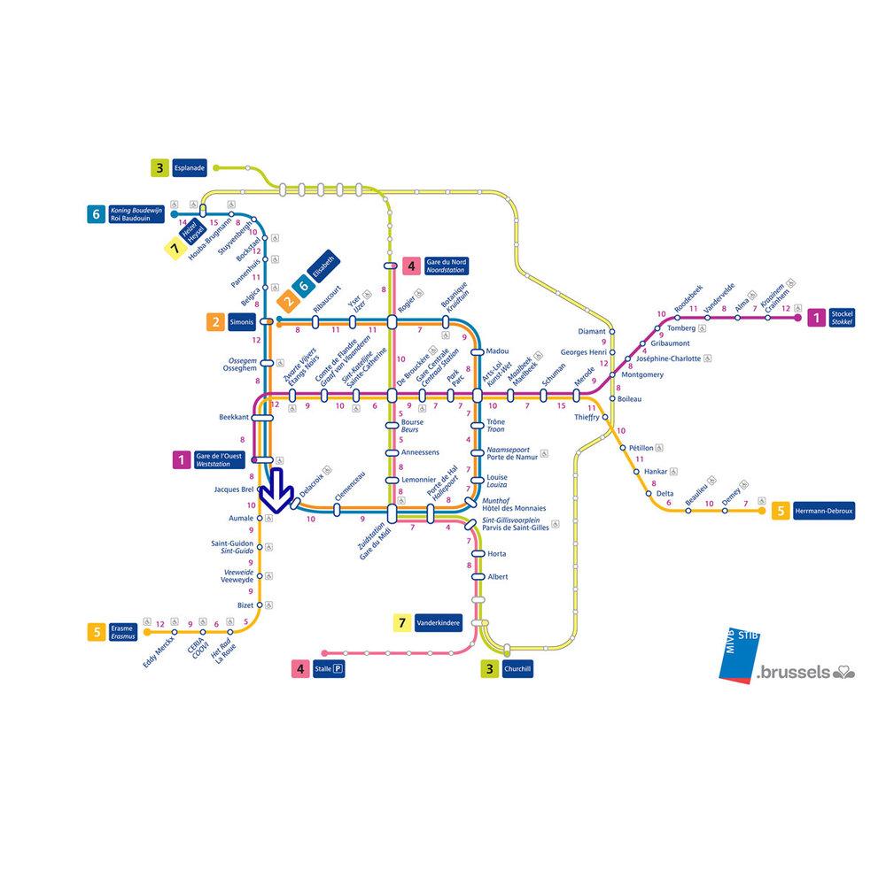 Accessible with public transport, served by all metro lines. / Accessible par les transports en commun, desservi par toutes les lignes de métro. / Toegankelijk met het openbaar vervoer, bediend door alle metrolijnen.