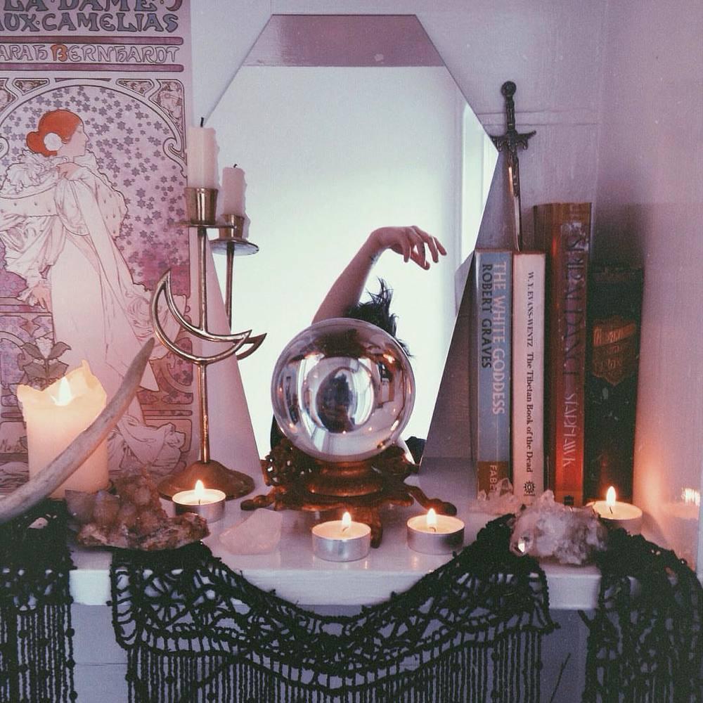 Gorgeous altar via Pinterest ( help me credit the artist )