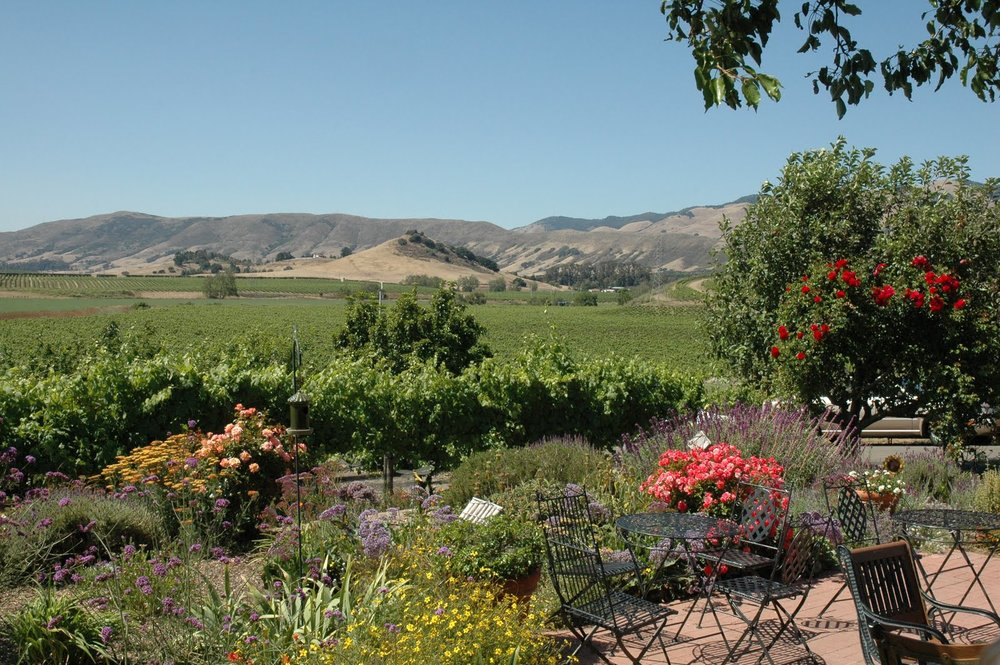 http://jdhtravels.blogspot.com/2011/07/arroyo-grande-friendship-food-wine.html