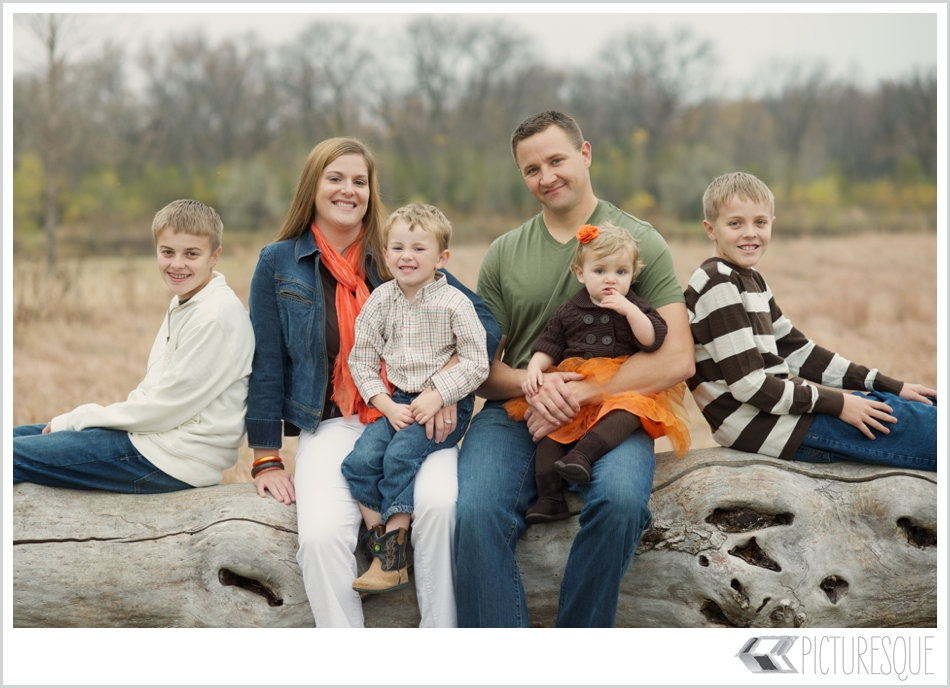 sioux falls family photographer Lauren Neff of Picturesque