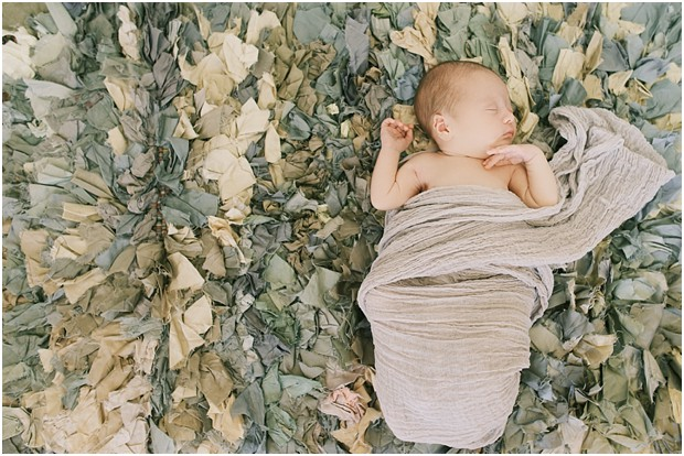 sioux falls newborn photography by Lauren Neff of Picturesque