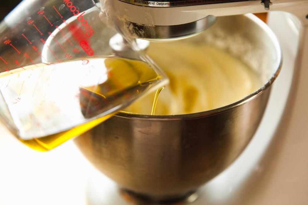 olive-oil-cake-recipe-12.jpg