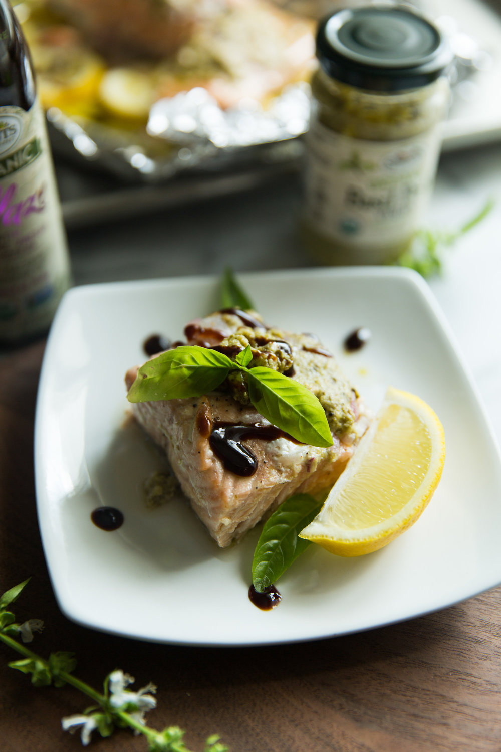 Braised Salmon with Lemon Wedge