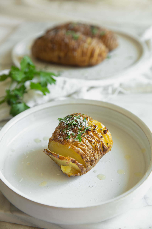 fond life hasselback russet potatoes-4.jpg