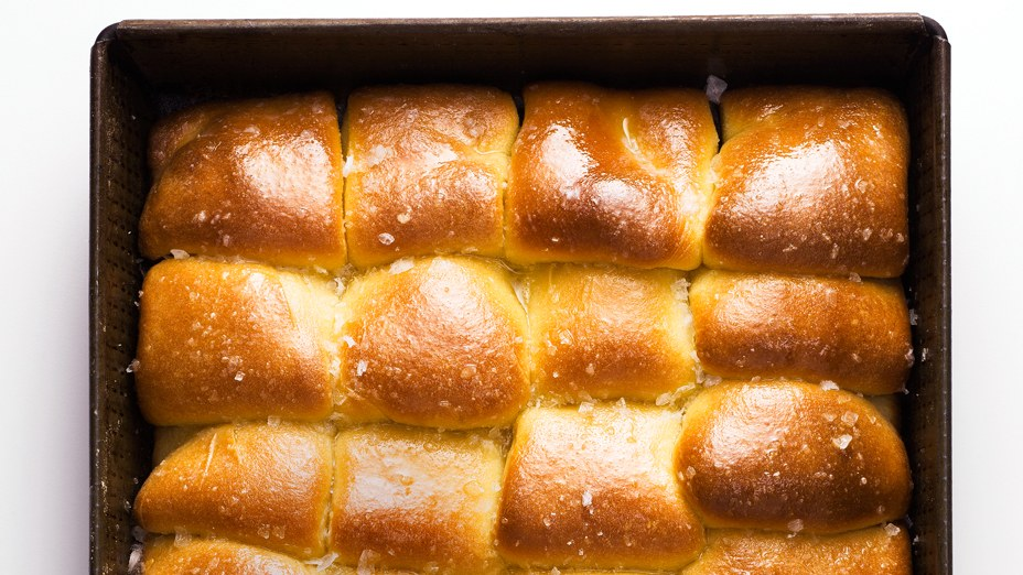 Best Dinner Rolls - For sopping up gravy and making post-Thanksgiving sammies.