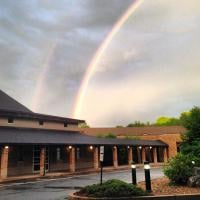 Temple Israel thrives after stormy year. [Photo: instagram/TISharonMA]