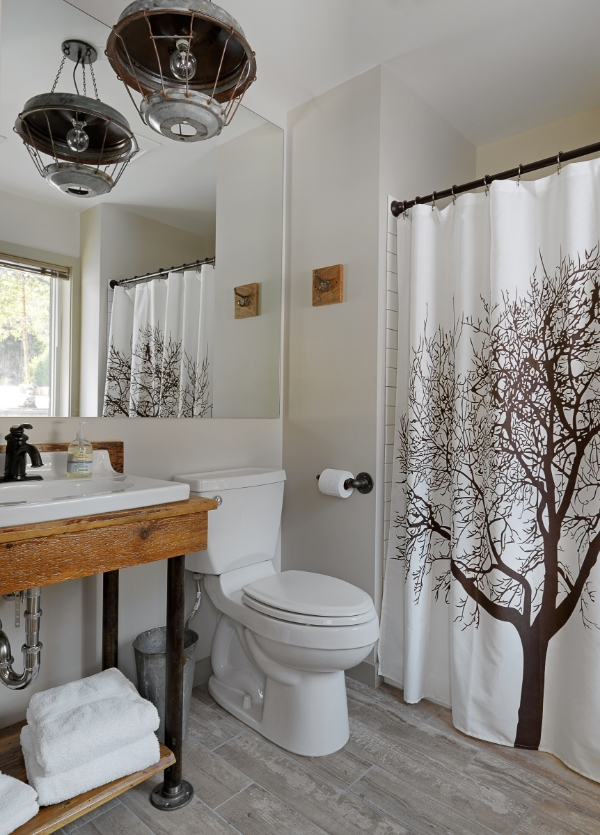 mad river barn bathroom design by Joanne Palmisano