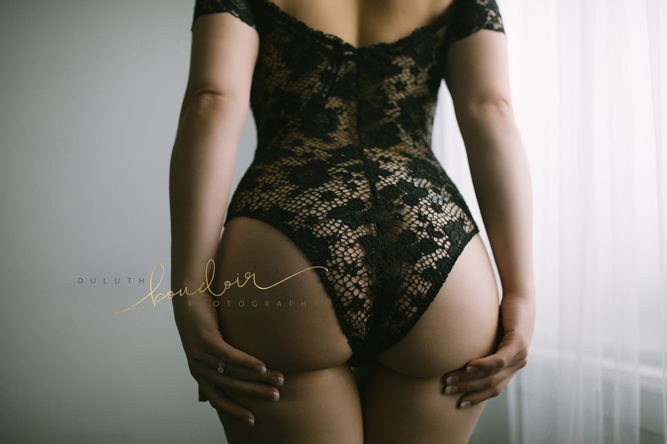 Tushie Tuesday image from Duluth Boudoir Photography | booty image