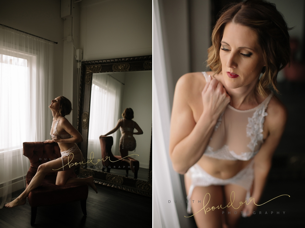 cream bra and panty from Victoria's Secret | Jen at Duluth Boudoir Photography in Minnesota | tufted rose gold in front of wall mirror